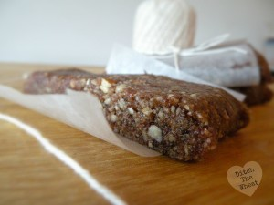 Guest Post- Pecan Pie Lara Bars by Carol