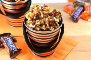 """Snickers"" Peanut Butter Caramel Corn and Your Halloween Candy Survival Guide"
