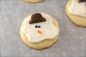 Easy Melting Snowman Cookies and My Favorite Christmas Recipes Round-Up