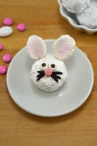 Baked Powdered Sugar Doughnut Holes – Easter Bunnies!